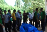 The students are all set to distribute the bags of provisions to the affected villagers.